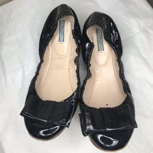 Black Patent Leather Puffer Bow Ballet Flats